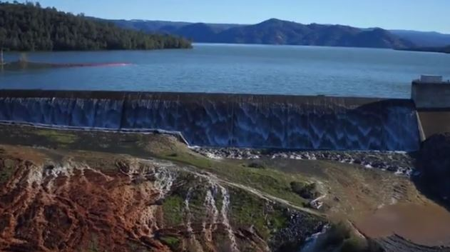 A rischio collasso la mega diga Oroville, la più alta degli USA