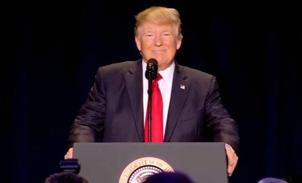 Usa: Trump presenta nuovo decreto su ingresso musulmani