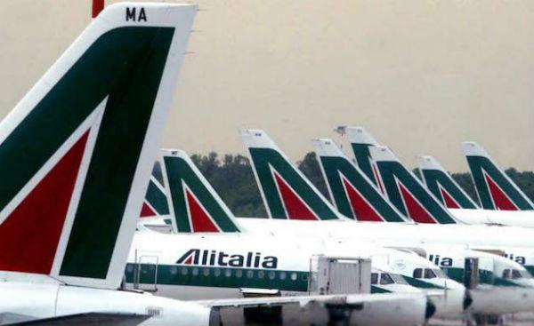 Alitalia: pubblica, privata o popolare? – di Nino Galloni