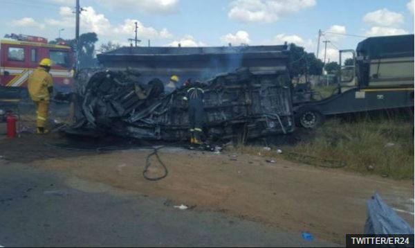 Sud Africa: 20 bambini bruciati vivi sullo scuola bus