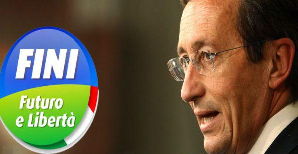 Sequestrato a Gianfranco Fini un milione di euro. Polizze vita delle figlie