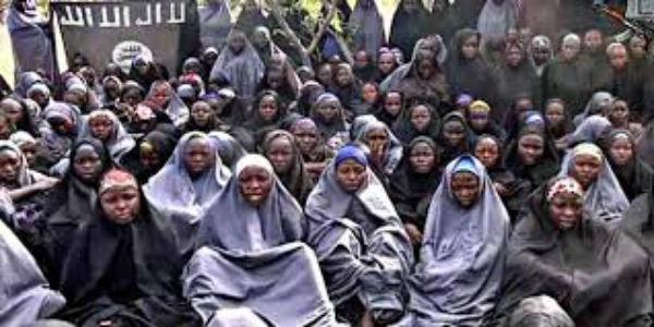 Nigeria: liberate 82 ragazze rapite da Boko Haram