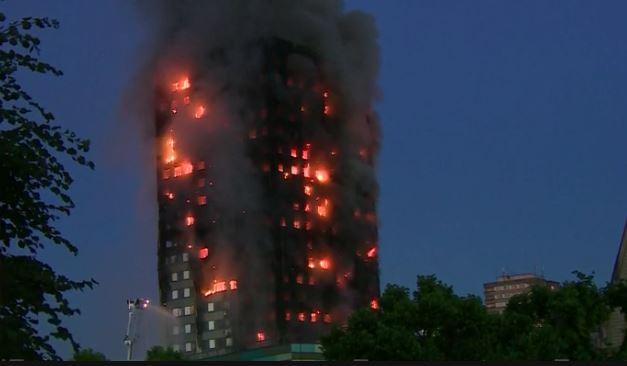 Sei morti nell'incendio di Londra. Si temono altre vittime