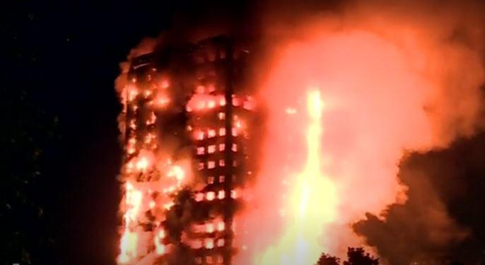 Incendio di Londra. 12 morti. Dispersi due italiani