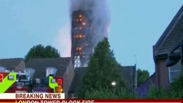 Londra: 17 nel palazzo in fiamme. Due italiani tra i dispersi