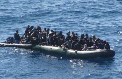 Anche Ungheria si aggiunge all'Austria perché Italia lasci i migranti sulle isole