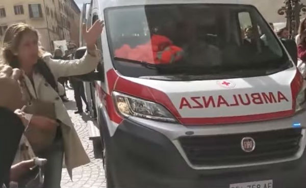 Perugia, due giudici accoltellati in tribunale Sono leggermente feriti, arrestato l'aggressore