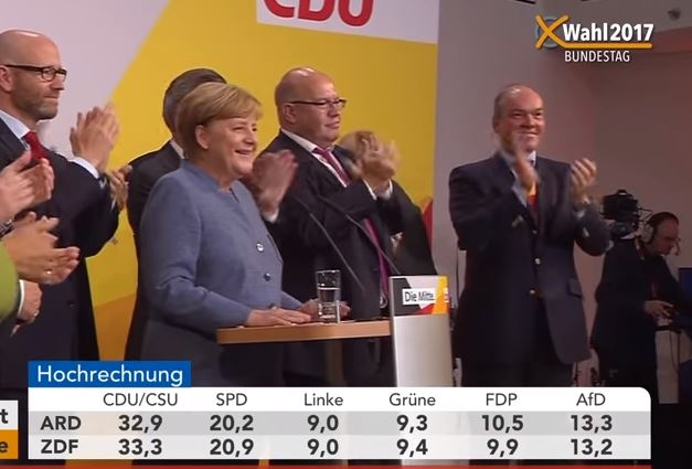 Germania: Merkel ancora prima, ma perde 65 seggi
