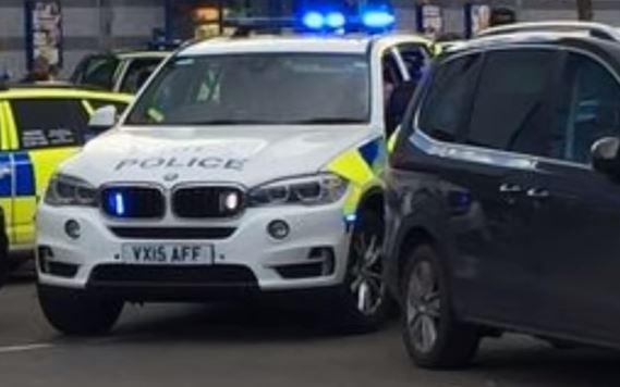 Gran Bretagna: polizia libera gli ostaggi. Non sarebbe terrorismo