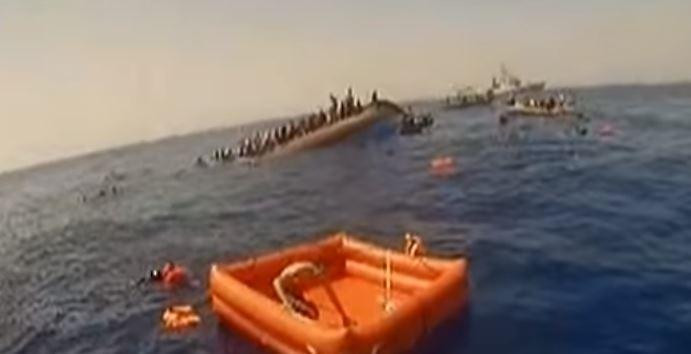 Migranti: numerosi annegati dopo scontro in mare con nave tunisina