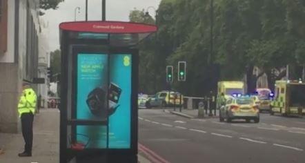 Londra: auto sulla folla al Museo Naturale. Numerosi feriti. Un arresto