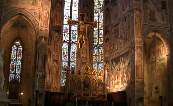 Firenze: uomo muore in Santa Croce colpito da un pezzo di pietra