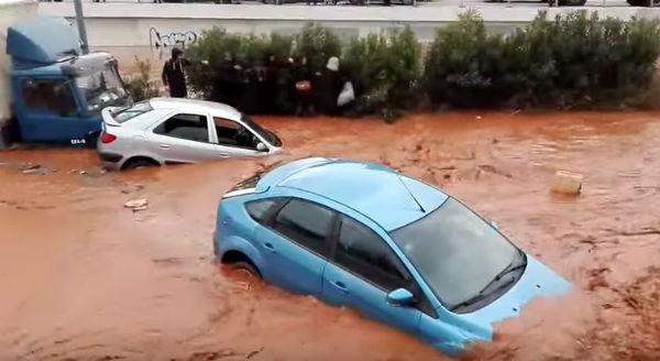 Violente inondazioni in Grecia: morti e dispersi