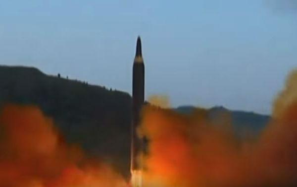 Corea del Nord lancia nuovo missile balistico. Può colpire tutti gli Usa