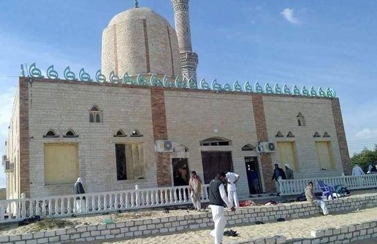 Egitto bomba in moschea dopo preghiera: strage nel nord del Sinai