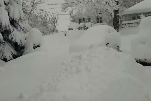Nevicata record negli Usa, stato di emergenza in Pennsylvania
