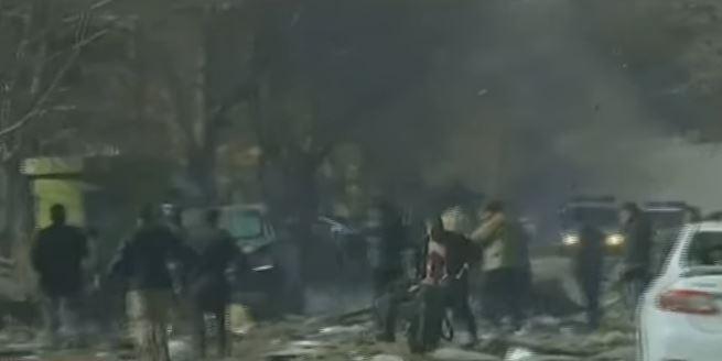 Afghanistan: nuovo attacco terroristico a Kabul, dopo strage con 100 morti