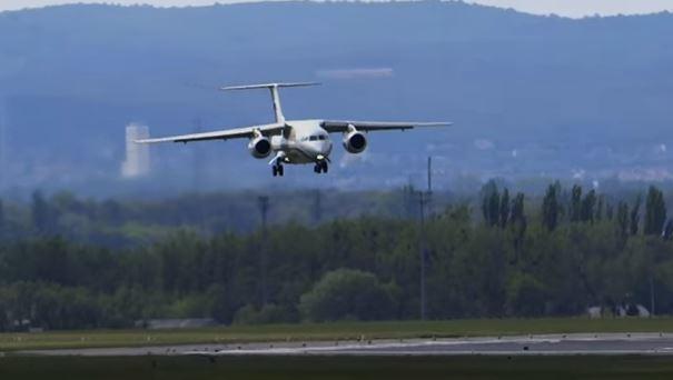 Russia: aereo cade dopo decollo da Mosca. 71 morti