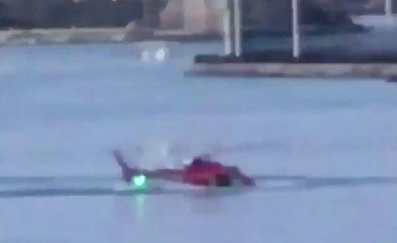 New York: cade elicottero turistico. Due morti e tre feriti gravi