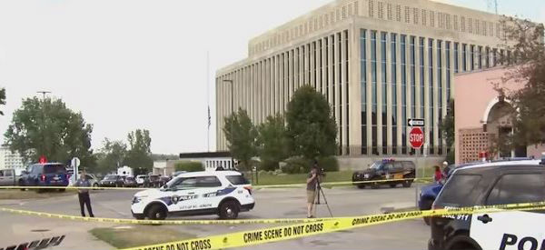 Usa: ennesima sparatoria con morti nell'Università dal Michigan