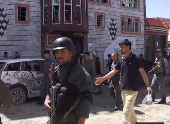 Afghanistan: attacco suicida fa 52 morti in un centro elettorale