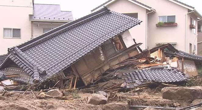 Giappone: cento morti per le alluvioni