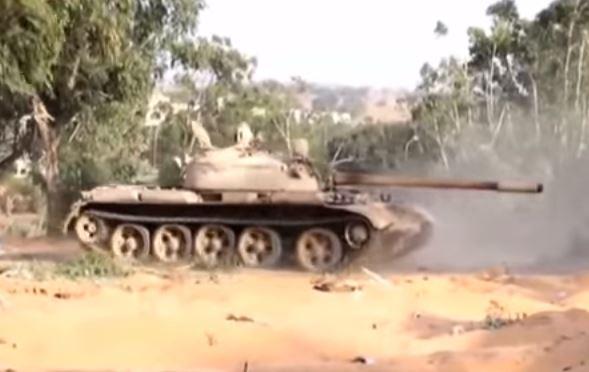 Violenti scontri armati in Libia: morti e feriti. Interviene Macron