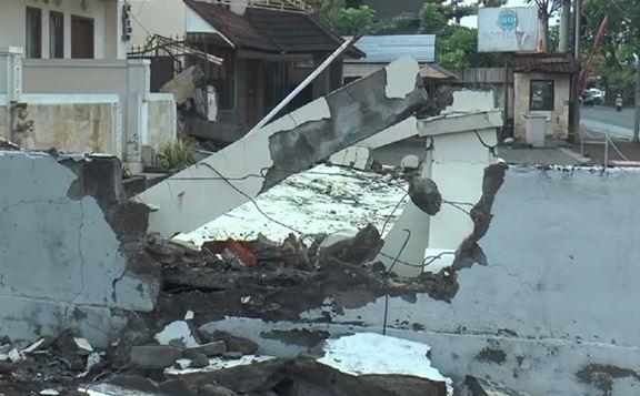 Terremoto nelle Fiji: 8.2. Continuano scosse in Indonesia: quasi 500 morti