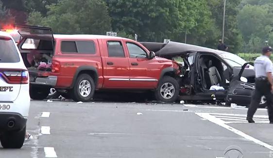 Usa: strage automobilistica al nord di New York. 20 morti