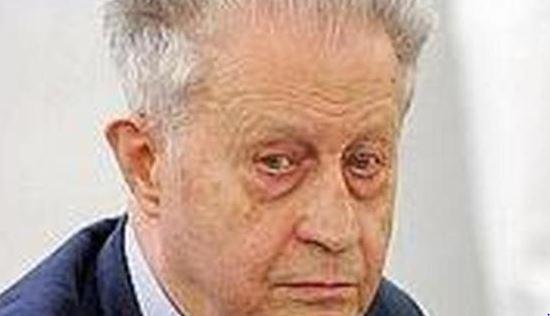 """Emilio Rossi: Il direttore """" filosofo"""", difensore del giornalismo pluralista"""