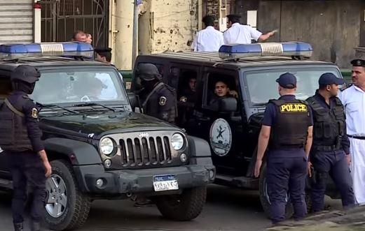 Egitto: uccisi 40 terroristi dopo attacco a bus alle piramidi