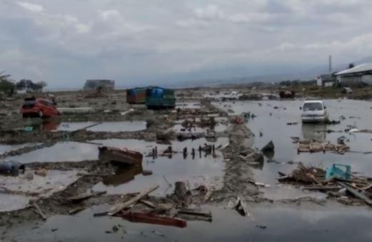 Terremoto e tsunami in Indonesia: centinaia le vittime