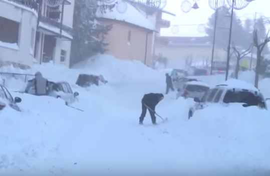 Maltempo: calano gelo e neve sull' Italia