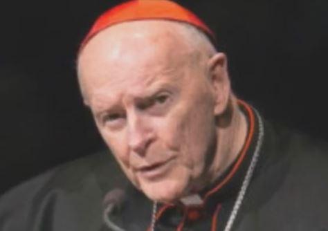 Ridotto allo stato laicale il cardinale McCarrick per abusi sessuali