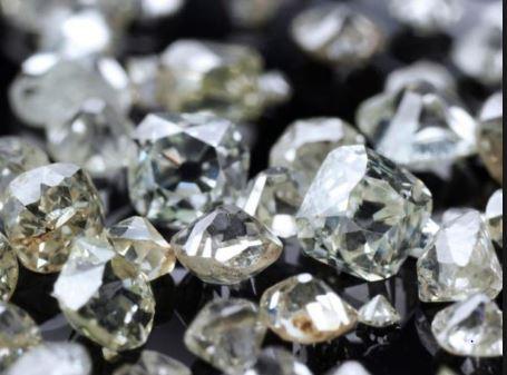 Le banche e la grande truffa dei diamanti. Imbrogliato anche Vasco Rossi