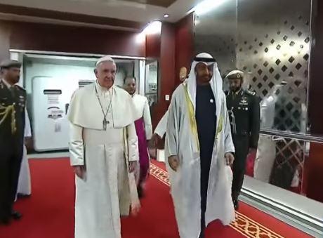 La prima volta di Papa Francesco nella Penisola araba