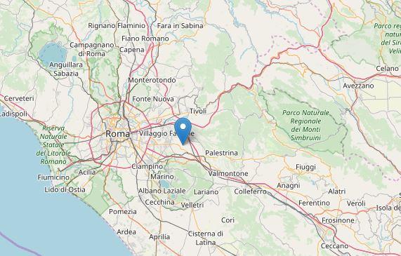 Roma: paura per scossa di terremoto 3:7. In Indonesia sisma fino a 7:0