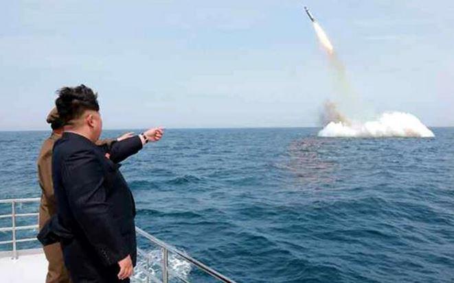 Corea del Nord: lancio di missile balistico da sommergibile