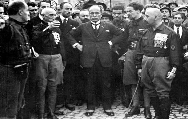 I fascisti che non sanno di esserlo – di Domenico Galbiati