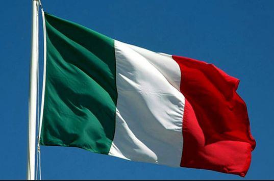 Il mondo abbraccia  il tricolore italiano – di Giuseppe Careri