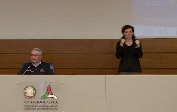 Omaggio a Susanna Di Pietrae alla sua lingua dei segni – di Giuseppe Careri