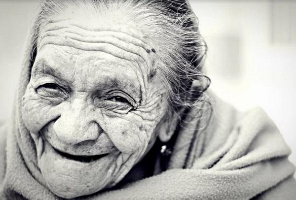 La folle idea della Regione Lombardia di trasferire i malati Coronavirus nei centri per anziani. La Denuncia dell'Uneba