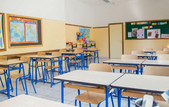 Scuola ritorno in classe,ma solo a settembre – di Giuseppe Careri
