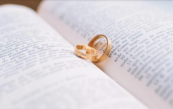 Maggioranza e opposizione si restituiscono gli anelli di fidanzamento. Intanto Sagunto è espugnata – di Giancarlo Infante