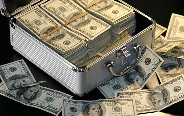 I banchieri Usa rinviano ogni decisione … in attesa della Politica – di Guido Puccio